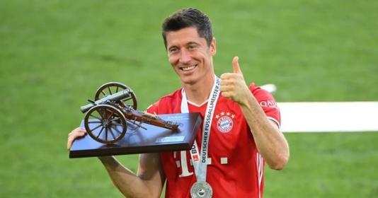 """Sếp lớn Bayern: """"Cậu ta là tiền đạo xuất sắc nhất thế giới"""""""