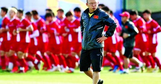 """Bóng đá Việt Nam thiếu tài năng trẻ: Chờ phép thuật của """"phù thuỷ"""" Park Hang-seo"""