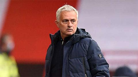 Champions League xa dần, Davinson Sanchez nói thẳng 1 câu về Mourinho | Bóng Đá