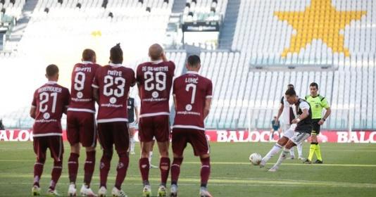 CR7 san bằng kỷ lục 60 năm của Juventus | Bóng Đá