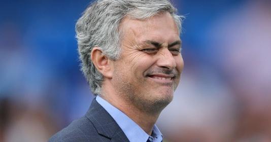 Mourinho: 'Tôi sẽ phá luật và ôm Ancelotti' | Bóng Đá