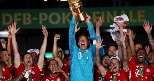 """Neuer kiến tạo từ phần sân nhà, Bayern hoàn tất """"cú đúp"""" trong mùa giải"""