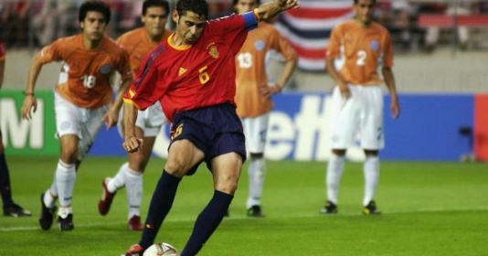 Những hậu vệ ghi bàn ''bá đạo'' nhất: Ramos chỉ xếp thứ 6   Bóng Đá
