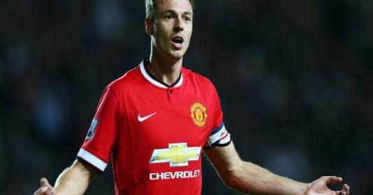 """""""Người mà Sir Alex xem là đội trưởng tiếp theo, đã bị Man United bán đi"""""""