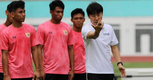 Phớt lờ ĐT Việt Nam, HLV Indonesia quyết xưng bá Đông Nam Á   Bóng Đá