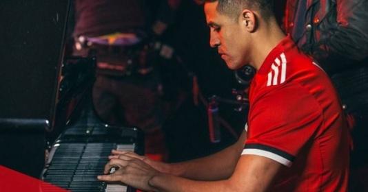 5 khoảnh khắc đẹp nhất của Alexis Sanchez tại Man Utd | Bóng Đá
