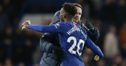 Chưa chốt tương lai, Lampard nói 1 câu về Hudson-Odoi ở trận Barnsley | Bóng Đá