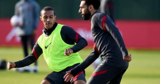 Đồng đội đắm đuối nhìn Thiago bứt tốc trước đại chiến Arsenal | Bóng Đá