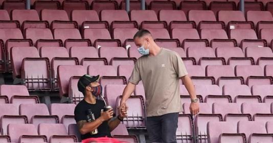Suarez rời Barca, Ter Stegen nhắn gửi thông điệp đầy cảm xúc