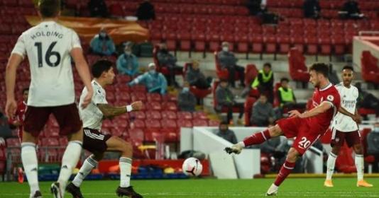 Diogo Jota sẽ còn thất vọng với Mohamed Salah dài dài   Bóng Đá