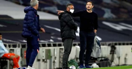 Frank Lampard: Ông ấy nói với trọng tài còn nhiều hơn với các cầu thủ | Bóng Đá