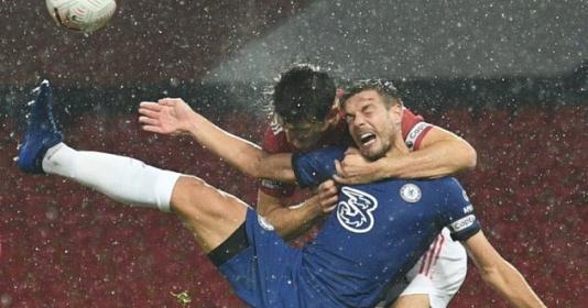 Mark Halsey: ''Rõ ràng Chelsea phải được hưởng penalty'' | Bóng Đá