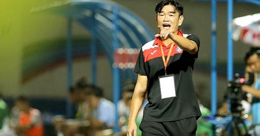 V-League kết thúc, HLV Phan Thanh Hùng nói lời buồn lòng về Quảng Ninh | Bóng Đá