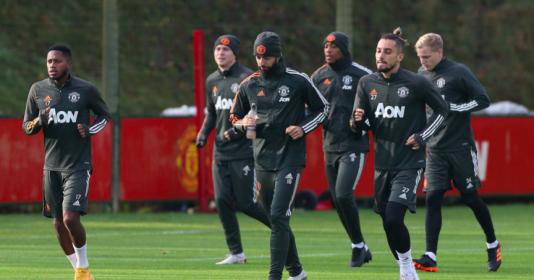 Đụng đối thủ khó nhằn, dàn sao Man Utd căng thẳng trên sân tập | Bóng Đá