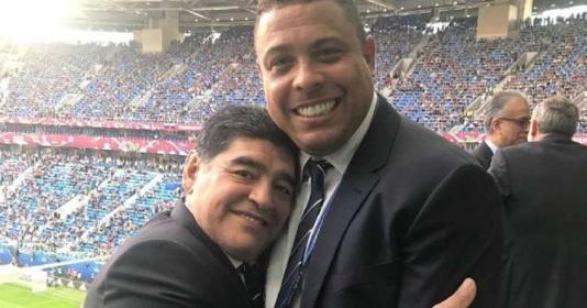 Ronaldo lý giải thói quen đeo 2 chiếc đồng hồ của Maradona   Bóng Đá