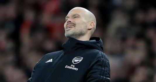 Arsenal khủng hoảng, Micah Richards nói rõ thời điểm trảm Ljungberg   Bóng Đá