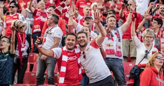 Khi các cổ động viên Bundesliga lên tiếng | Bóng Đá
