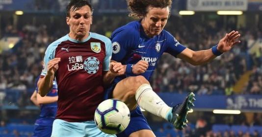 """Chelsea chỉ trích: """"Họ chơi phản bóng đá"""""""