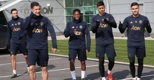 """Man Utd bất ngờ vắng chủ lực, xuất hiện 1 """"ông lão""""!"""