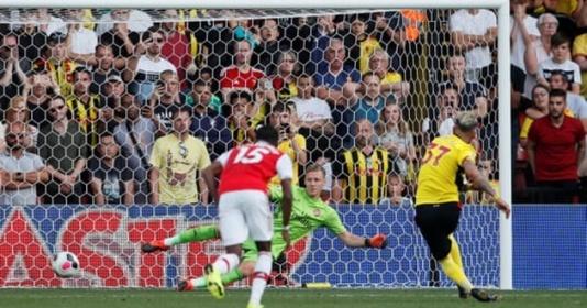 """Để đội cuối bảng sút 31 quả, Opta cũng phải """"chào thua"""" trước Arsenal"""