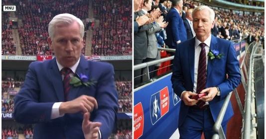 10 tình huống hài hước của bóng đá Anh: Pardew ăn mừng sớm và cái kết | Bóng Đá