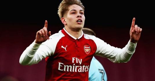 Trận Huddersfield: Hồi chuông cảnh tỉnh cho Emery và những người Arsenal mộng mơ