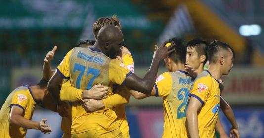 5 điểm nhấn vòng 20 V-League: Huỳnh Đức nổi cáu, HAGL lại thua đau ở phố biển   Bóng Đá