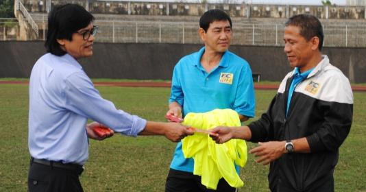 Trưởng đoàn Đoàn Phùng: Huế nghèo, nhưng quyết tâm lên V-League 2019