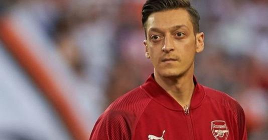 Arsenal đã hoàn toàn đổi khác, Mesut Ozil giờ rất khó để tìm được chỗ đứng