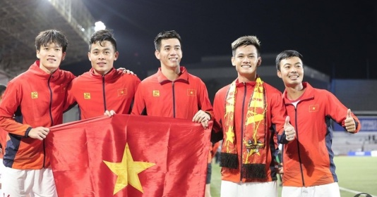 Tương lai của bóng đá Việt Nam sau tấm HCV lịch sử tại SEA Games | Bóng Đá