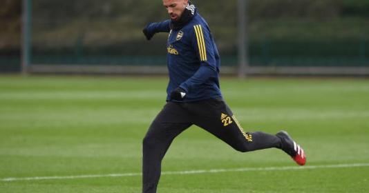 Dù bị lãng quên nhưng tân binh của Arsenal vẫn miệt mài tập luyện | Bóng Đá