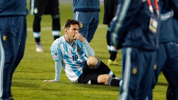 Messi chịu quá nhiều áp lực từ phía NHM Argentina. Ảnh: Internet.