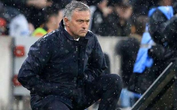 """Mourinho được chăm sóc """"đặc biệt"""" tại M.U"""