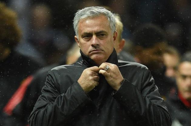 Man Utd tăng lương khủng 'trói chân' Jose Mourinho - Bóng Đá