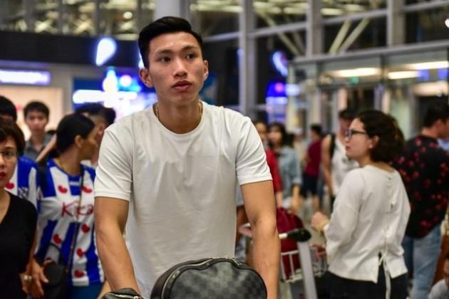 Lý do Đoàn Văn Hậu hội quân ĐT Việt Nam muộn hơn dự kiến - Bóng Đá
