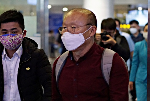 HLV Park Hang-seo trở lại Việt Nam và những nỗi lo cho đại chiến Malaysia - Bóng Đá