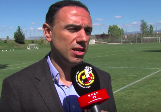 Francis Cagigao not bitter over Arsenal exit as he reveals how close Gunners were to Messi and Pique deals - Bóng Đá