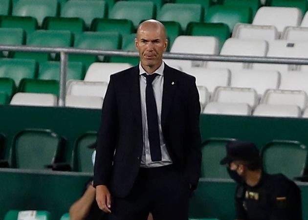 Ramos vụt sáng, Real Madrid ngược dòng kịch tính trên sân Betis - Bóng Đá