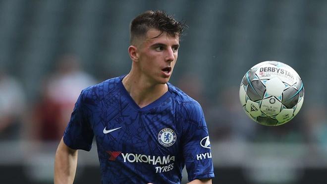 Sao Chelsea được khen: 'Cậu ấy khiến Ndidi trông thật vụng về'