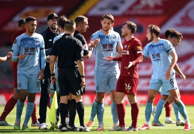 Bị từ chối 11m, hai sao Liverpool văng tục, chửi thề với trọng tài  - kết quả xổ số trà vinh