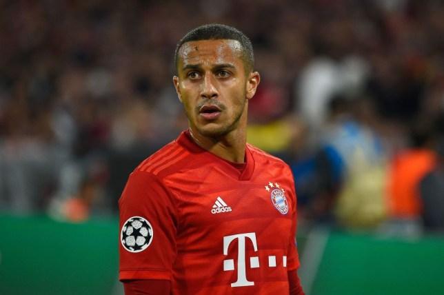 XONG! Thiago quyết chọn số áo 'truyền thống' tại Liverpool