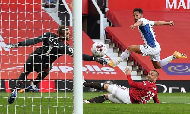 'Người cũ' lập hattrick kiến tạo trong ngày Man Utd thua thảm tại Old Trafford