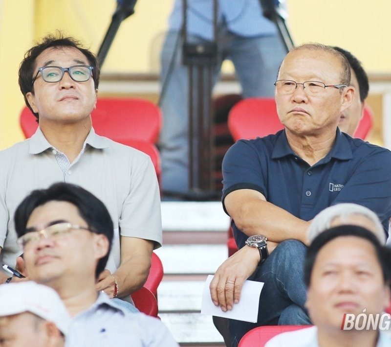 Điểm tin bóng đá Việt Nam tối 16/07: Vì ĐT Việt Nam, thầy Park không dự lễ bốc thăm vòng loại World Cup 2022