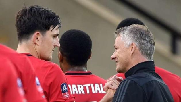 'Man Utd vẫn cần bổ sung 1 tiền đạo và 1 trung vệ'