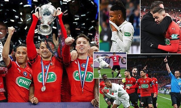 Neymar ghi bàn, Mbappe nhận thẻ đỏ, PSG vuột mất cúp quốc gia Pháp