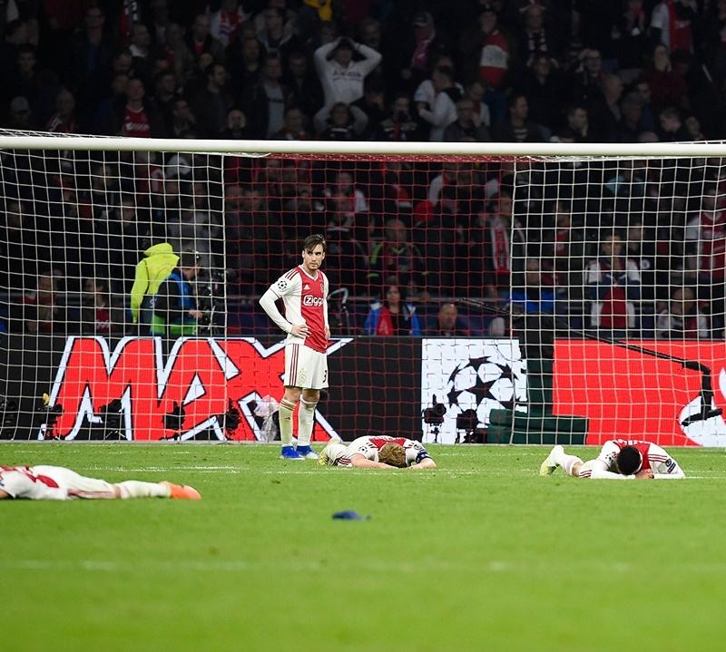 Lucas Moura Mourinho: Thua Tottenham, Mourinho Nói Lời 'phũ Phàng' Về HLV Ajax