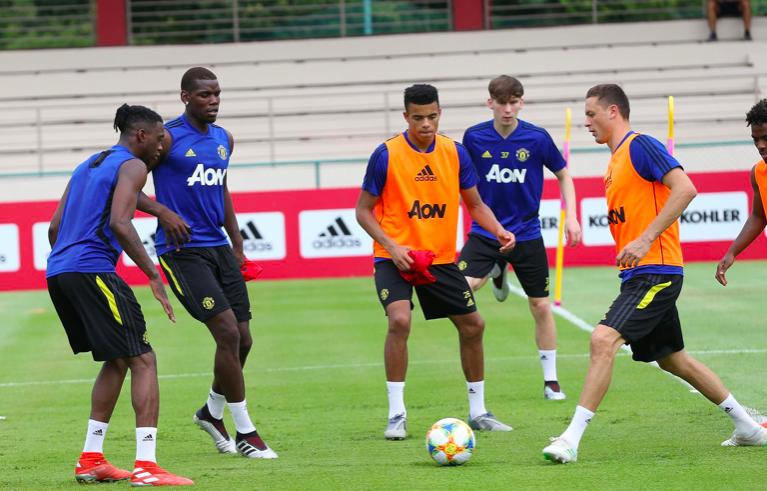 Căng sức gấp đôi thời Mourinho, Man Utd của Solskjaer sẽ phản tác dụng?