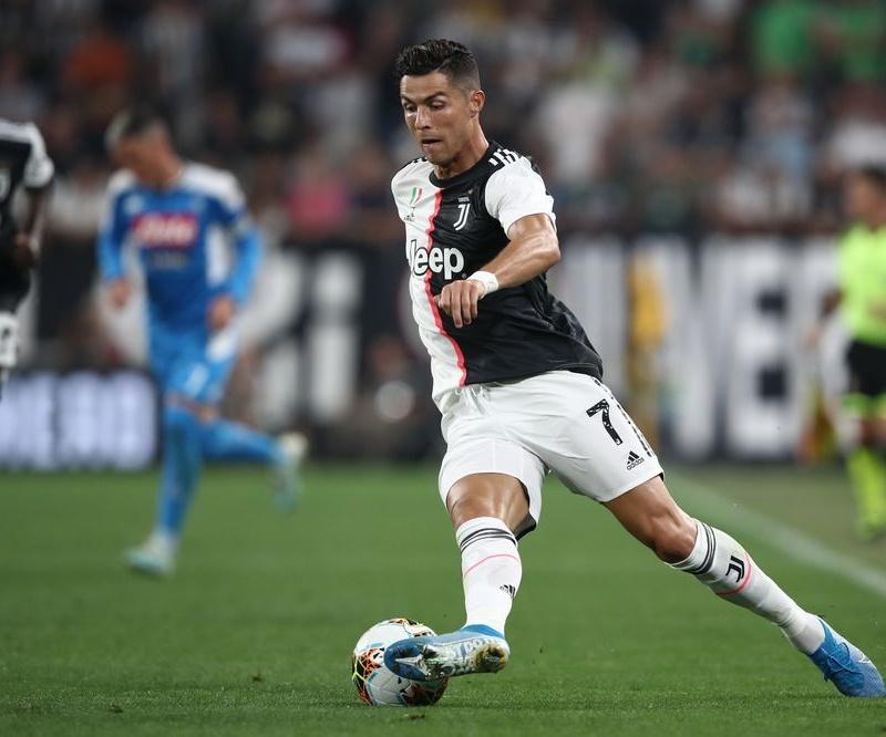 SỐC! Choáng với tốc độ đo được của 'ông già' Ronaldo tại Serie A