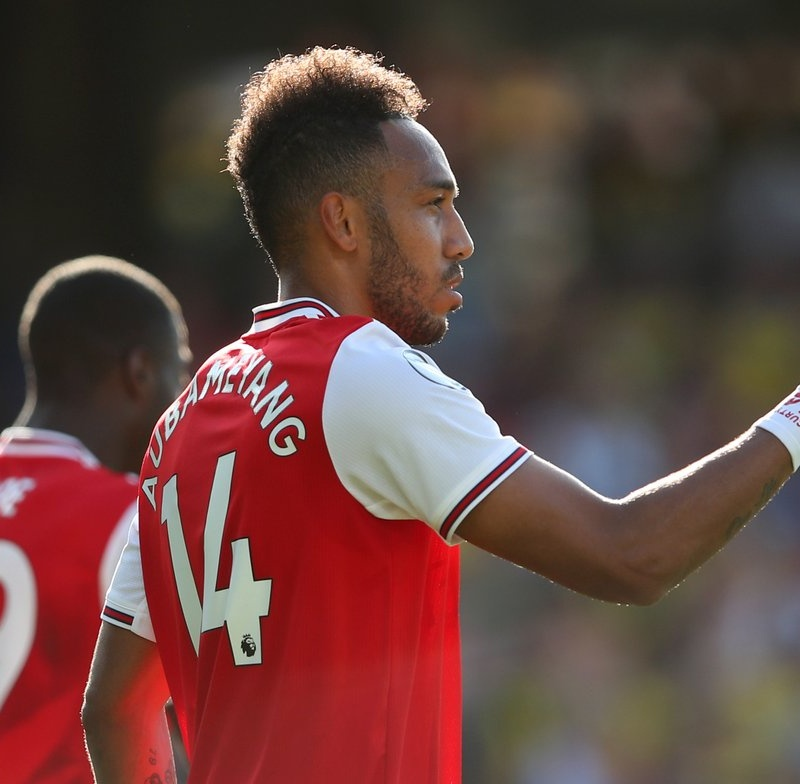 Arsenal 'tiki-taka' đẹp mắt ra sao trong bàn thắng thứ 2 của Aubameyang?