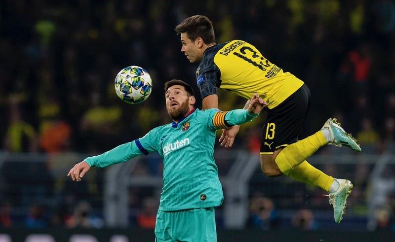 Champions League đêm qua: 'Cửa trên' gục đầu